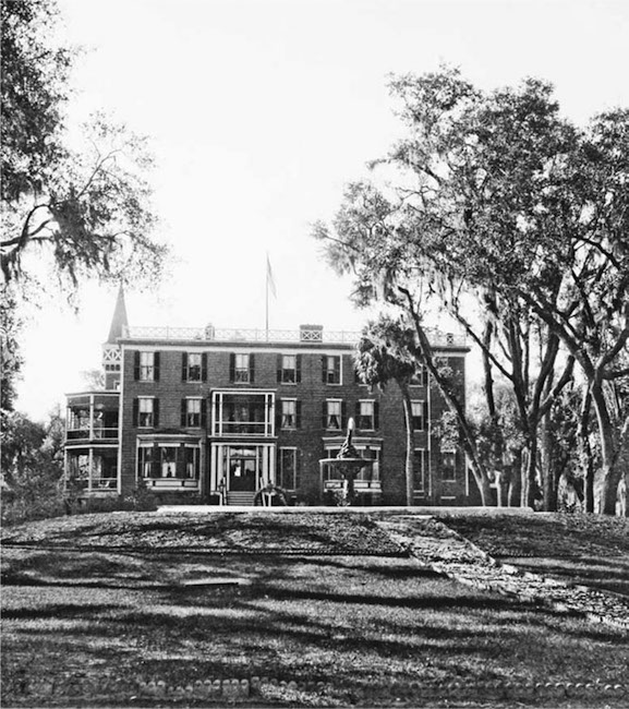 Wormsloe's Belly: The History of a Southern Plantation through Food