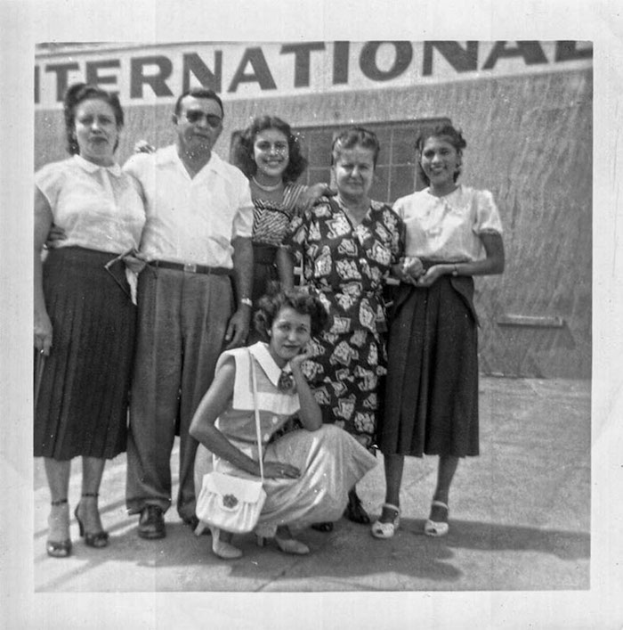Latinization, Race, and Cultural Identification in Puerto Rican Orlando