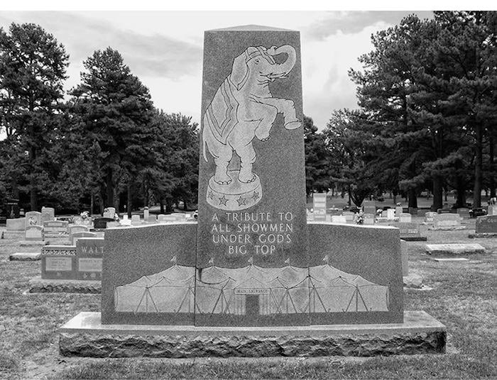 Little Dixie's Circus Cemetery